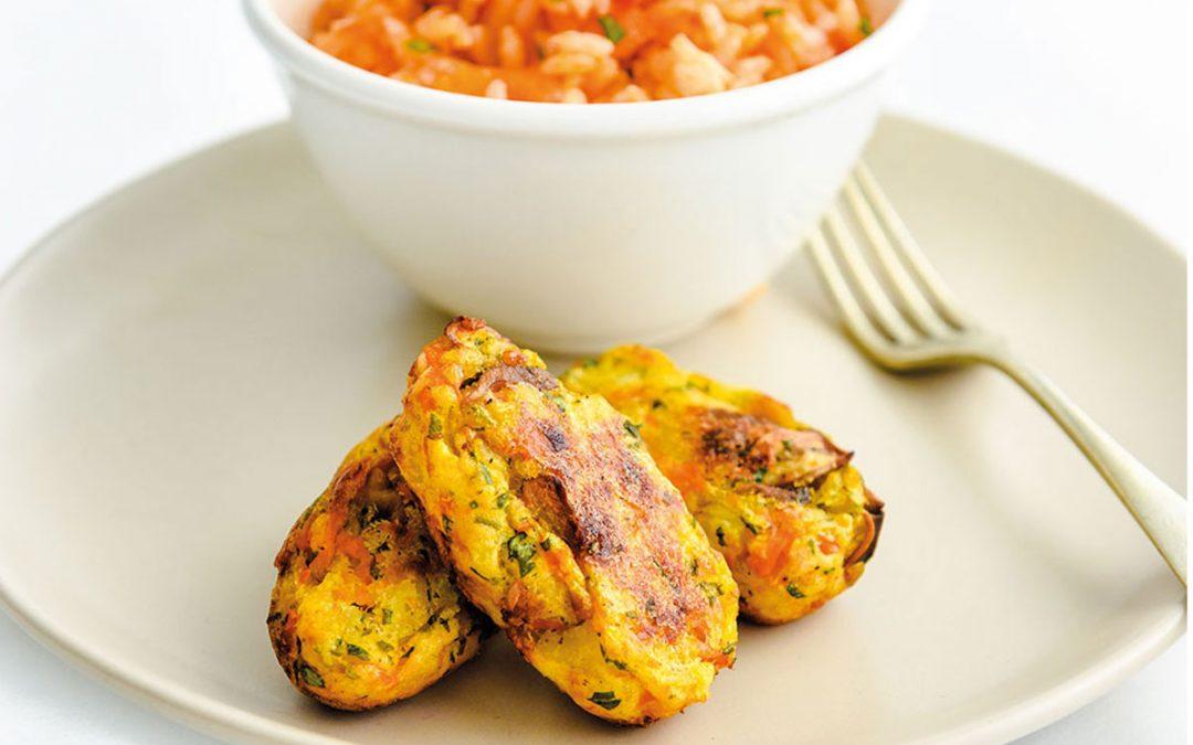 Bolinhos de cogumelos com arroz de tomate