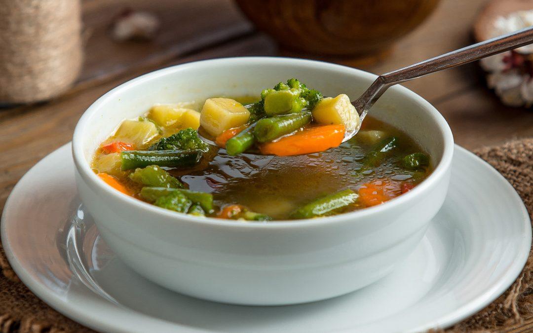 Sopa de paysanne de feijão verde
